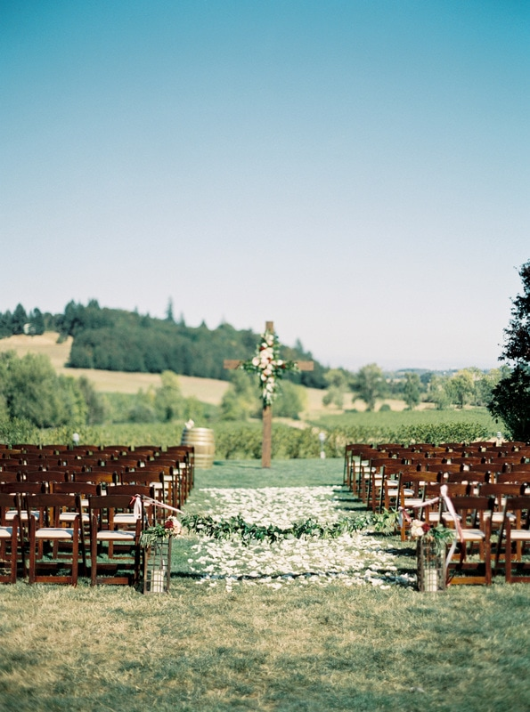 Zenith Vineyard outdoor wedding